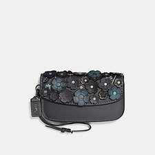 Image of Coach Australia B4/MIDNIGHT NAVY CLUTCH WITH SMALL TEA ROSE
