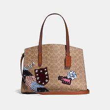 Picture of CHARLIE CARRYALL IN SIGNATURE PATCHWORK