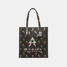 Image of Coach Australia V5/BLACK TOTE WITH PYRAMID EYE