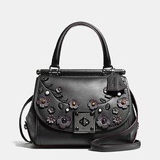 Women S Handbags Jewellery Amp Apparel For Sale Coach