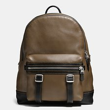 Picture of FLAG BACKPACK IN PEBBLE LEATHER