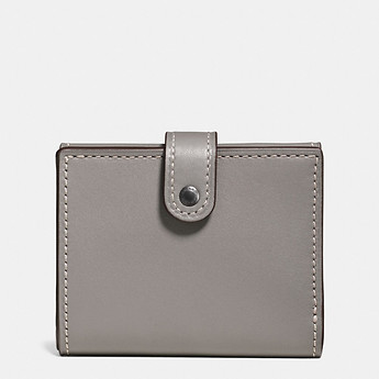 Image of Coach Australia  SMALL TRIFOLD WALLET IN GLOVETANNED LEATHER