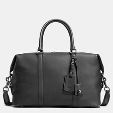 Image of Coach Australia QB/BLACK EXPLORER BAG IN PEBBLE LEATHER