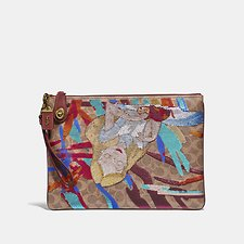 Image of Coach Australia B4/TAN RUST DISNEY X COACH TURNLOCK WRISTLET 30 SIGNATURE CANVAS WITH ALICE