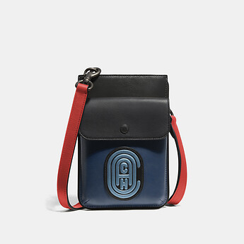 Image of Coach Australia  HYBRID POUCH IN COLORBLOCK WITH COACH PATCH